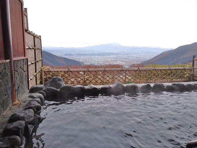 北信五岳と中野市街のパノラマが一望!「間山温泉 ぽんぽこの湯」