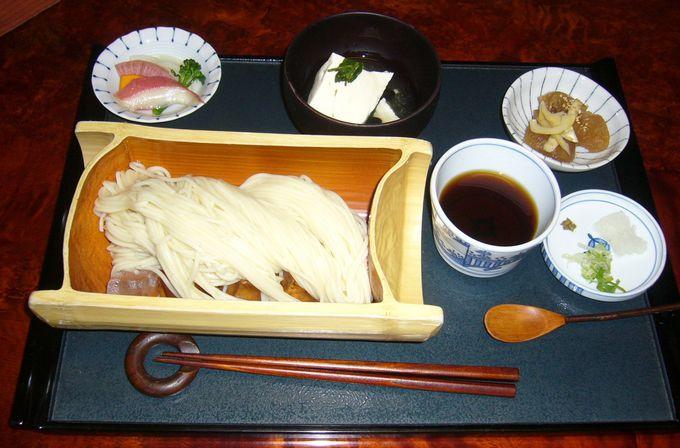 大町の郷土麺「おざんざ」をいただける「創舎 わちがい」