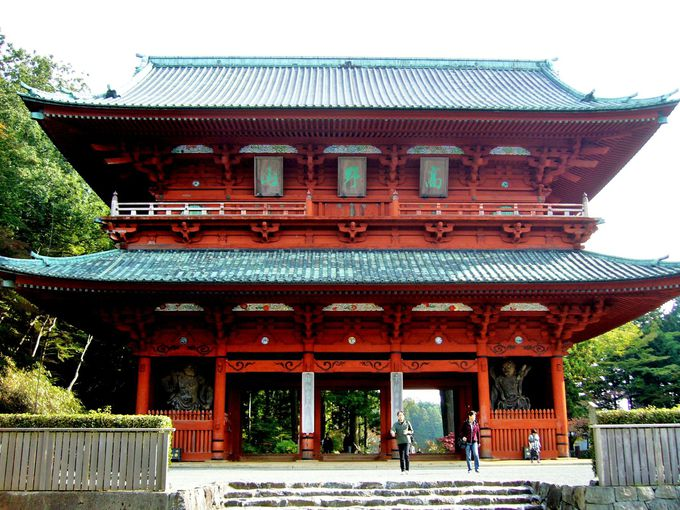 高野山の総門であり、山上結界のシンボル・世界遺産「大門」