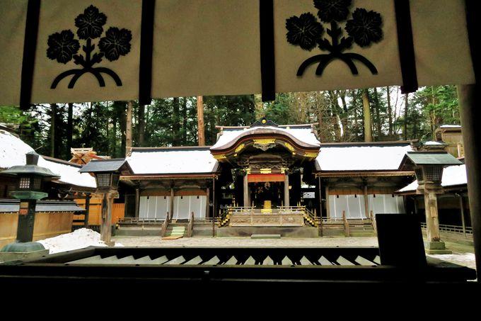 日本最古の神社の1つ「諏訪大社」