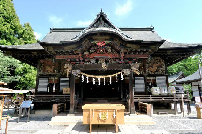 伝説の彫刻師・左 甚五郎に出会う「秩父神社」