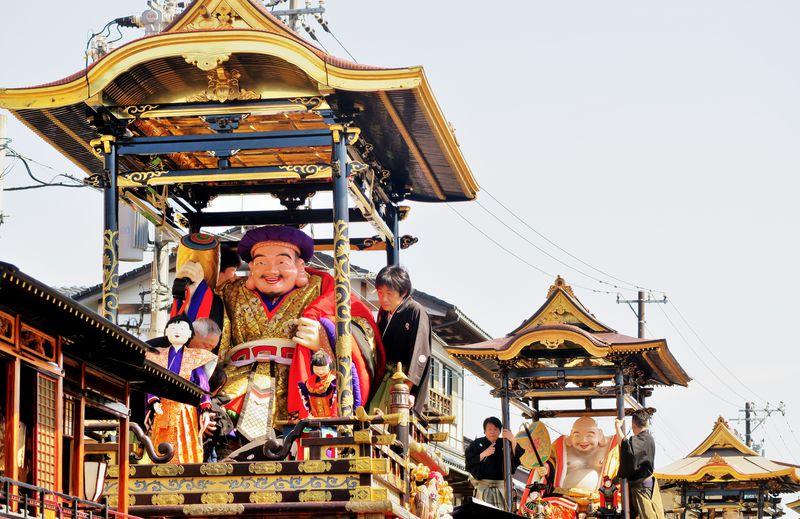 越中富山の小京都・城端の春を彩る!伝統の「城端曳山祭」