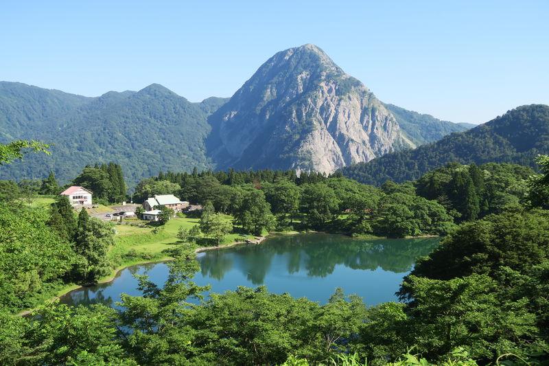 新潟「糸魚川」はヒスイと古代のロマンを溢れる大地の公園