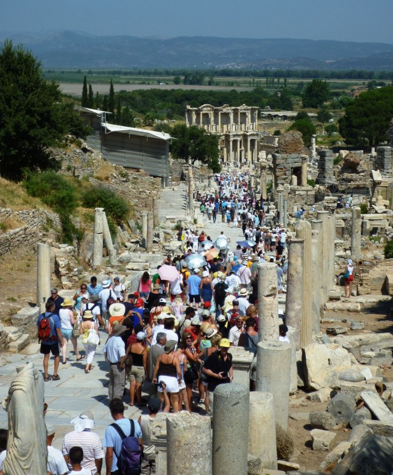 エーゲ海沿岸最大の都市遺跡エフェソス