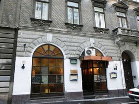 自殺の聖歌はここで生まれた!ブダペスト「キシュ・ピパ」