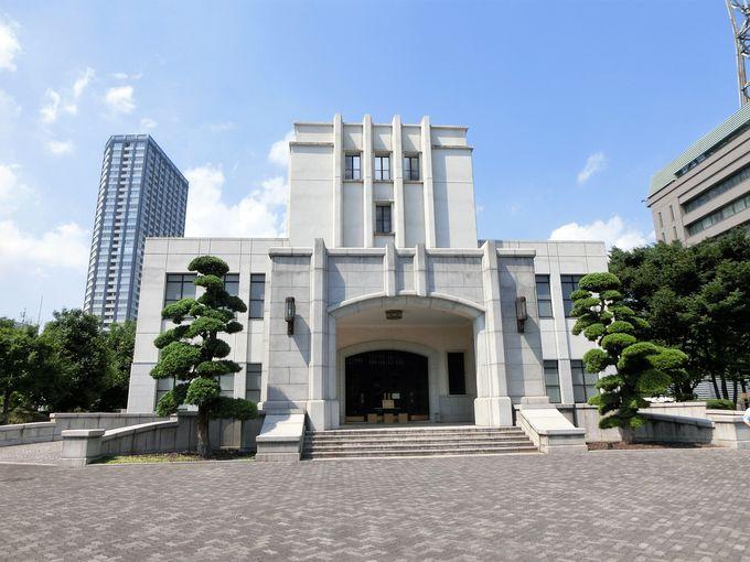 東京裁判の法廷が残る「市ヶ谷記念館」