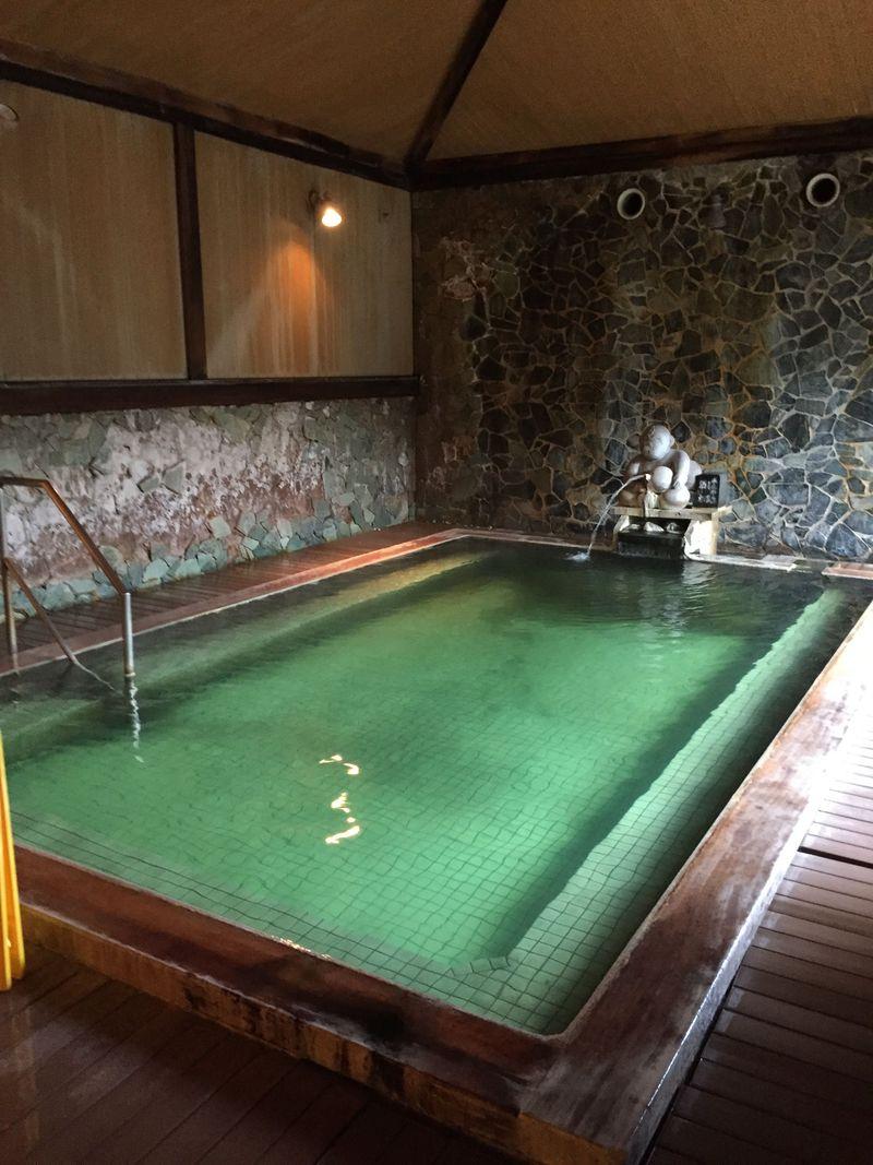 新潟・月岡温泉「ホテル清風苑」で朝から晩までお風呂三昧!
