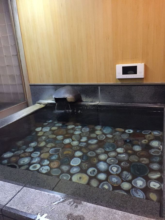 「ホテル清風苑」の貸切風呂で家族水入らず。