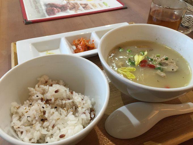 薬膳レストラン「10ZEN」で身体にいいものを食べる。