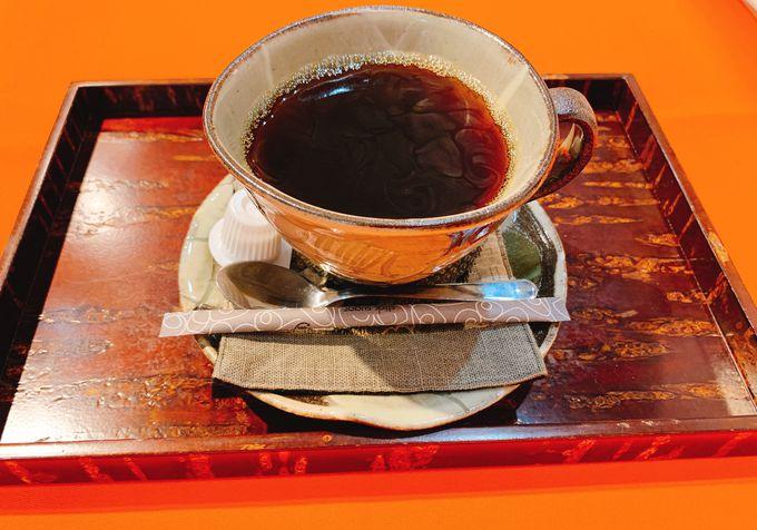 「秋田畑」オリジナルのドリンクやスイーツも味わおう!