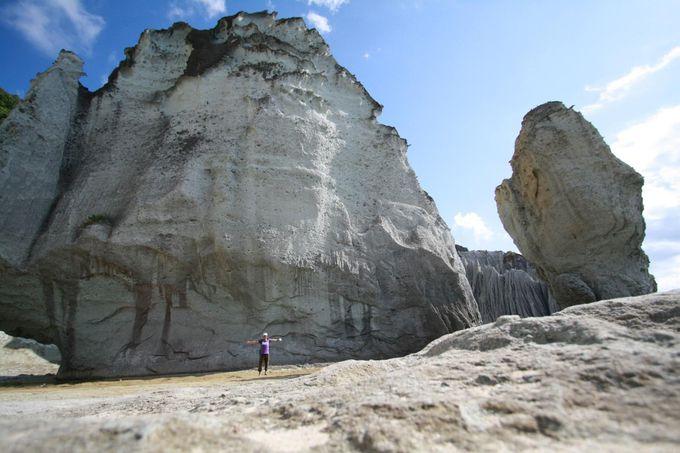 さらなる見どころは巨岩群!自然のパワーを感じよう