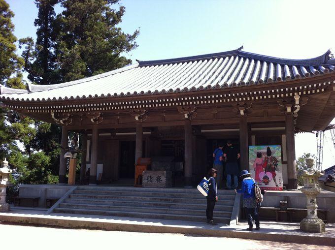 弥山も厳島神社と共に世界遺産認定されています