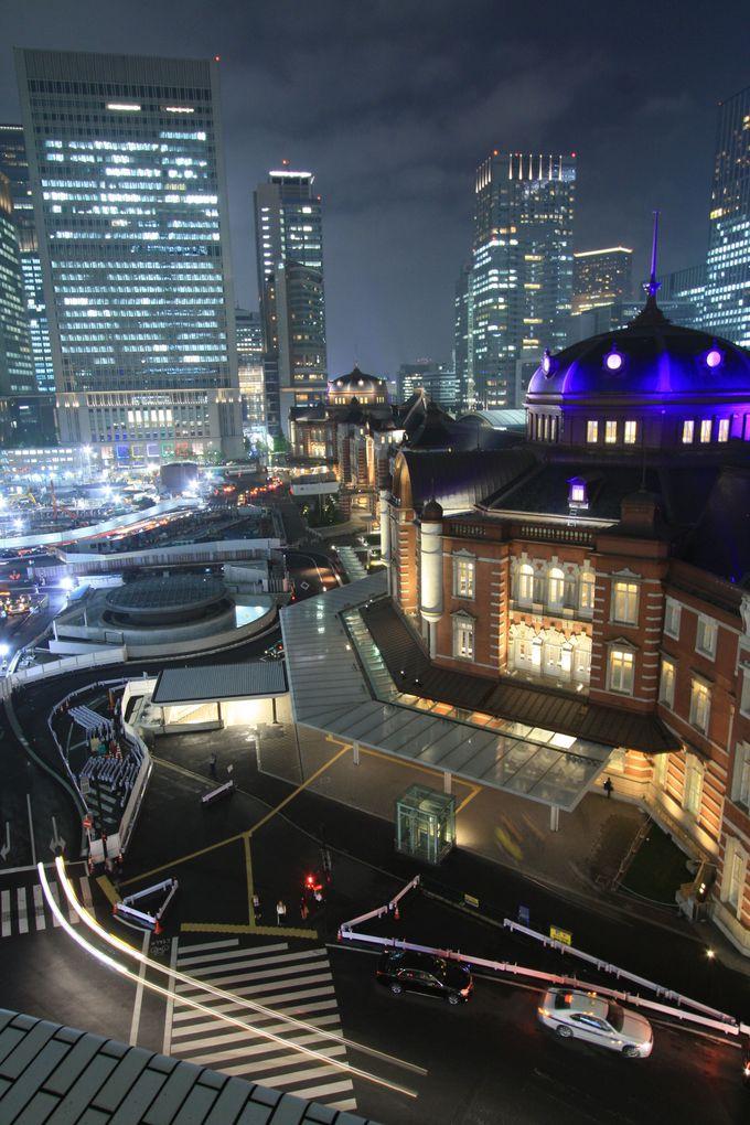 KITTEガーデンからは東京駅の横顔を