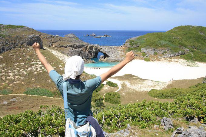 沖縄よりも美しい!? 一生に一度は訪れたい小笠原諸島の秘島「南島」(東京)