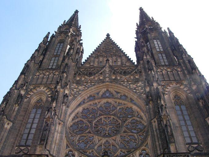 プラハ城内には聖ヴィート大聖堂