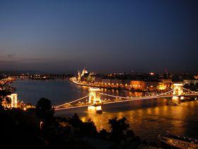 「ドナウの真珠」世界遺産の街ブダペスト!ブダ城や鎖橋を夜景まで楽しもう