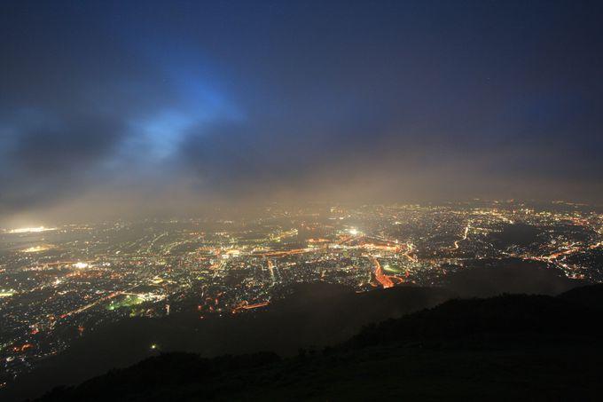 皿倉山の夜景とは