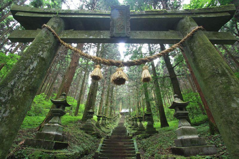上色見熊野座神社は阿蘇に佇む神秘的な異世界への入口!?