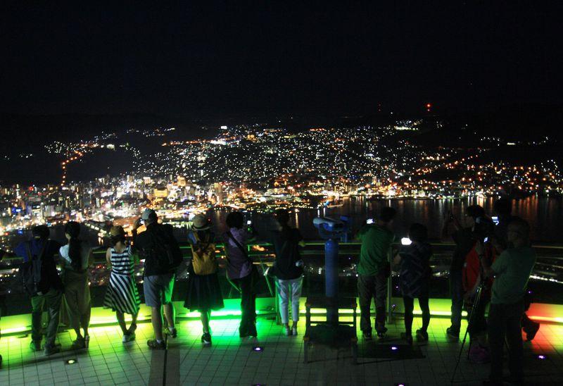 無料で夜景の名所 稲佐山山頂へ!昼も夜も長崎市の景色を満喫しよう