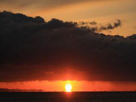 幸運の「だるま朝日」も見えるかも!徳島で朝日を見るならここだ3選