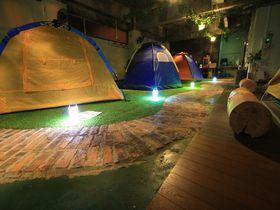 屋内でキャンプ体験!?山口のゲストハウス「レスト防府ジャンクション」