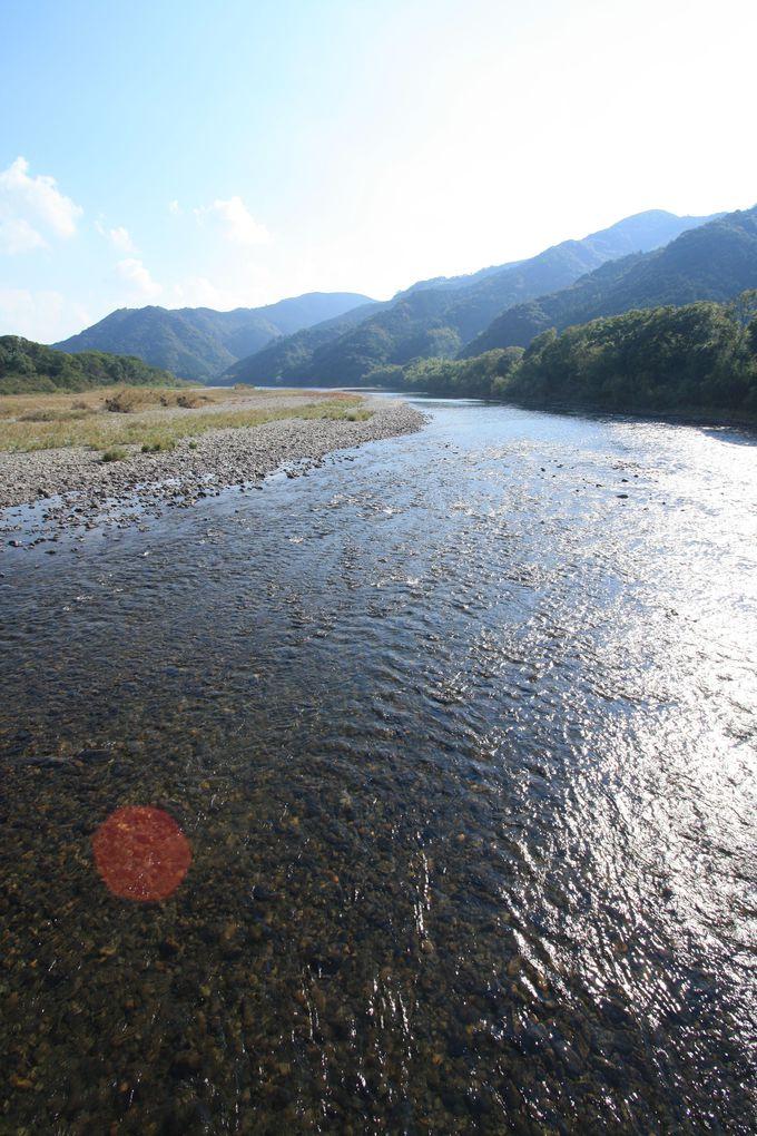 日本最後の清流と呼ばれる四万十川