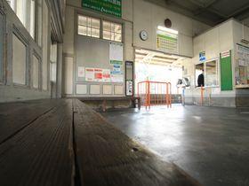『真夏の方程式』でロケ地駅に選ばれたのは…愛媛県の高浜駅!