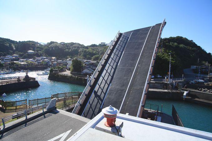 可動橋の見どころはやはり動いている姿