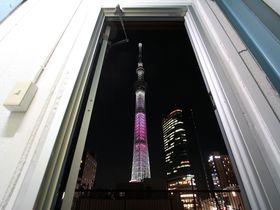 扉の向こうはスカイツリー!押上のゲストハウス「東京ヒュッテ」に泊まろう