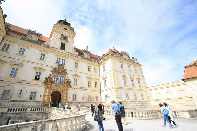 重厚なバロック建築、ヴァルチツェ城