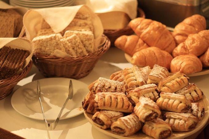 種類豊富な朝食ブッフェ