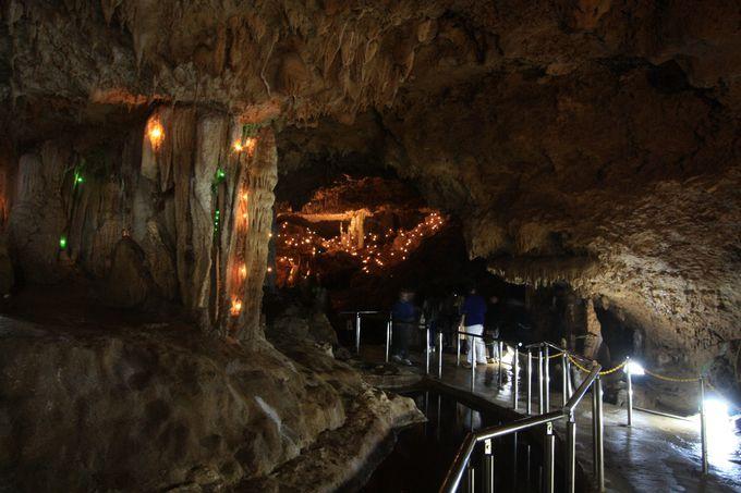 1日目午後:「石垣島鍾乳洞」のキラキラ鍾乳石とイルミネーションを楽しむ