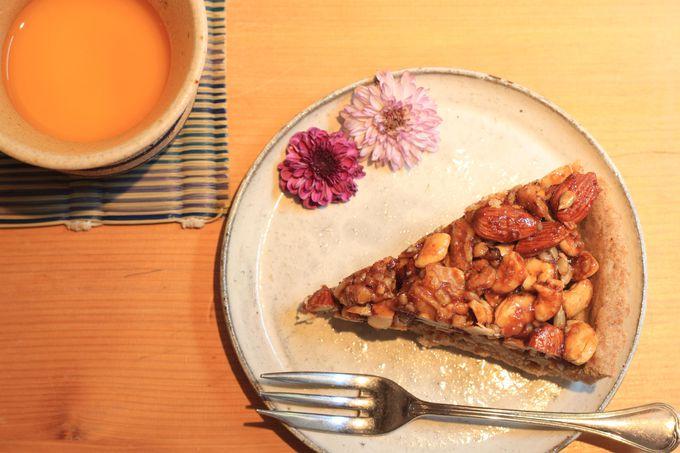 「ピュアリィレストラン」で自然食ランチを