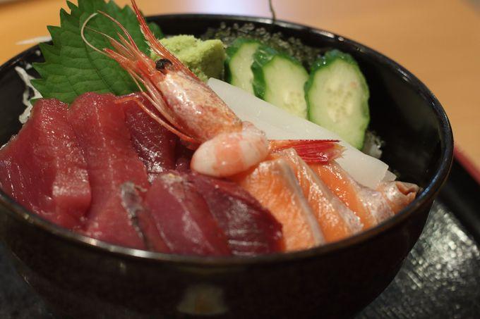 夕方〜:夕日スポットから海鮮丼でシメ