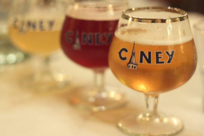 ベルギーといえばこれ!ビールとワッフル