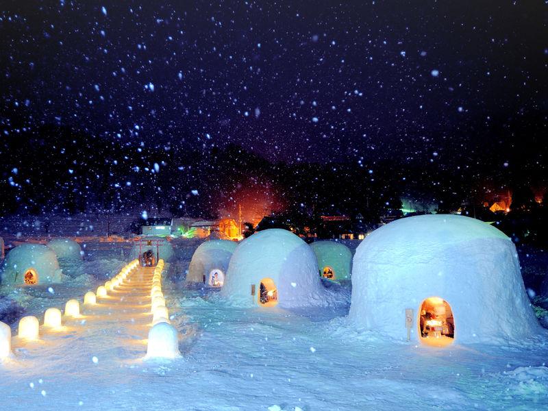 冬の絶景観光がしたい「かまくらの里で雪の花火」信州飯山で体験できる5つのコト