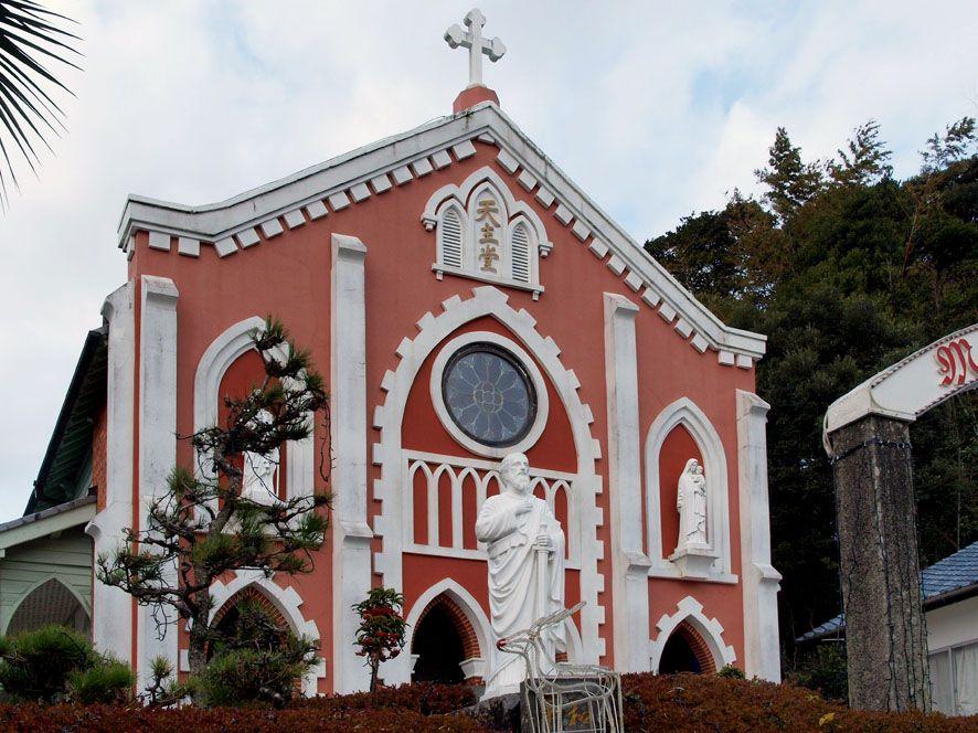 平戸島には根獅子の史跡以外にも「宝亀教会」など、キリスト教関連史跡が数多くあります