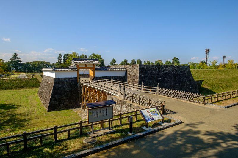 町を挙げての復元工事が進む最上義光57万石の名城「山形城」