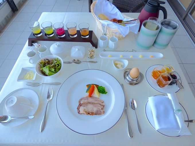クラブウイングの朝食は絶対バルコニーで食べたい