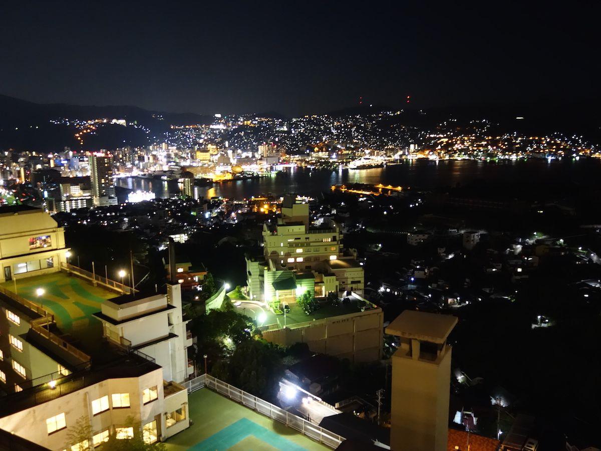 世界新三大夜景の長崎市街を一望!「稲佐山観光ホテル」は絶景ホテル!