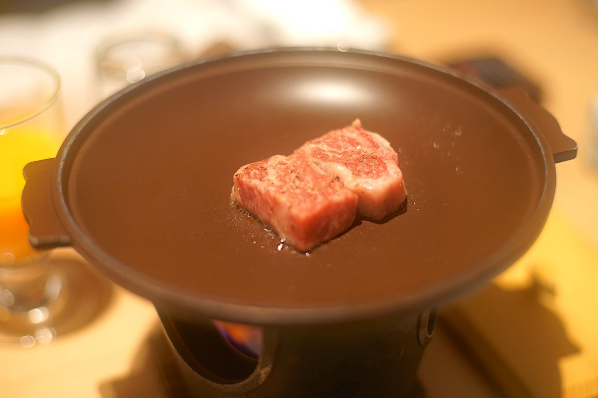 夕食は「佐賀牛」、朝食は「嬉野湯豆腐」で満足