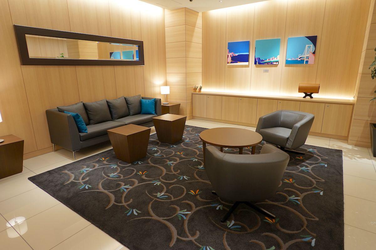 空港ビューの部屋もある利便性の良いホテル