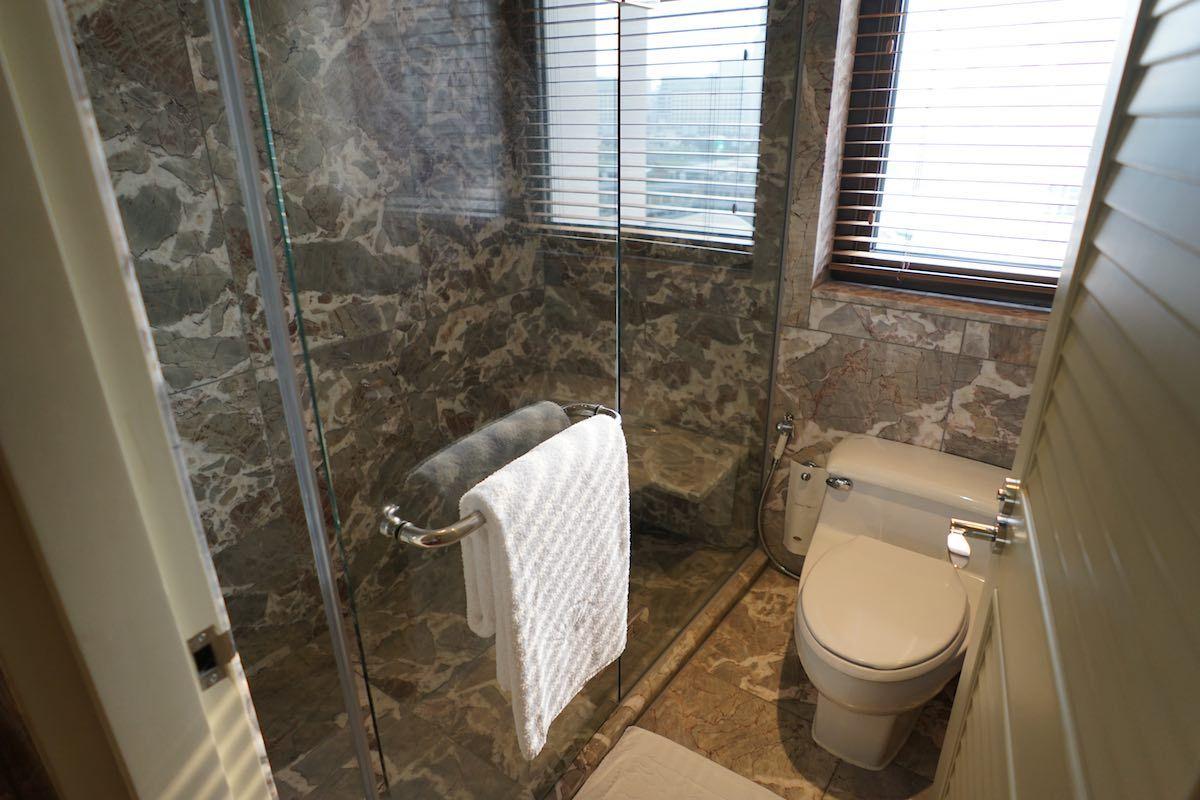 バスルームが広い!アメニティ類は別格