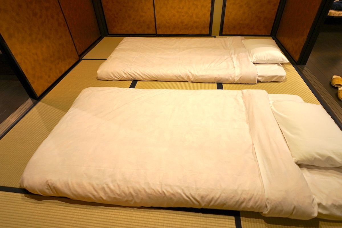 寝室は2つ、和室と洋室、どちらもゆっくりできます