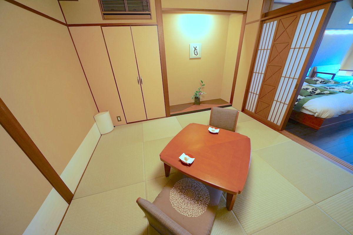 純和風の落ち着いた客室!