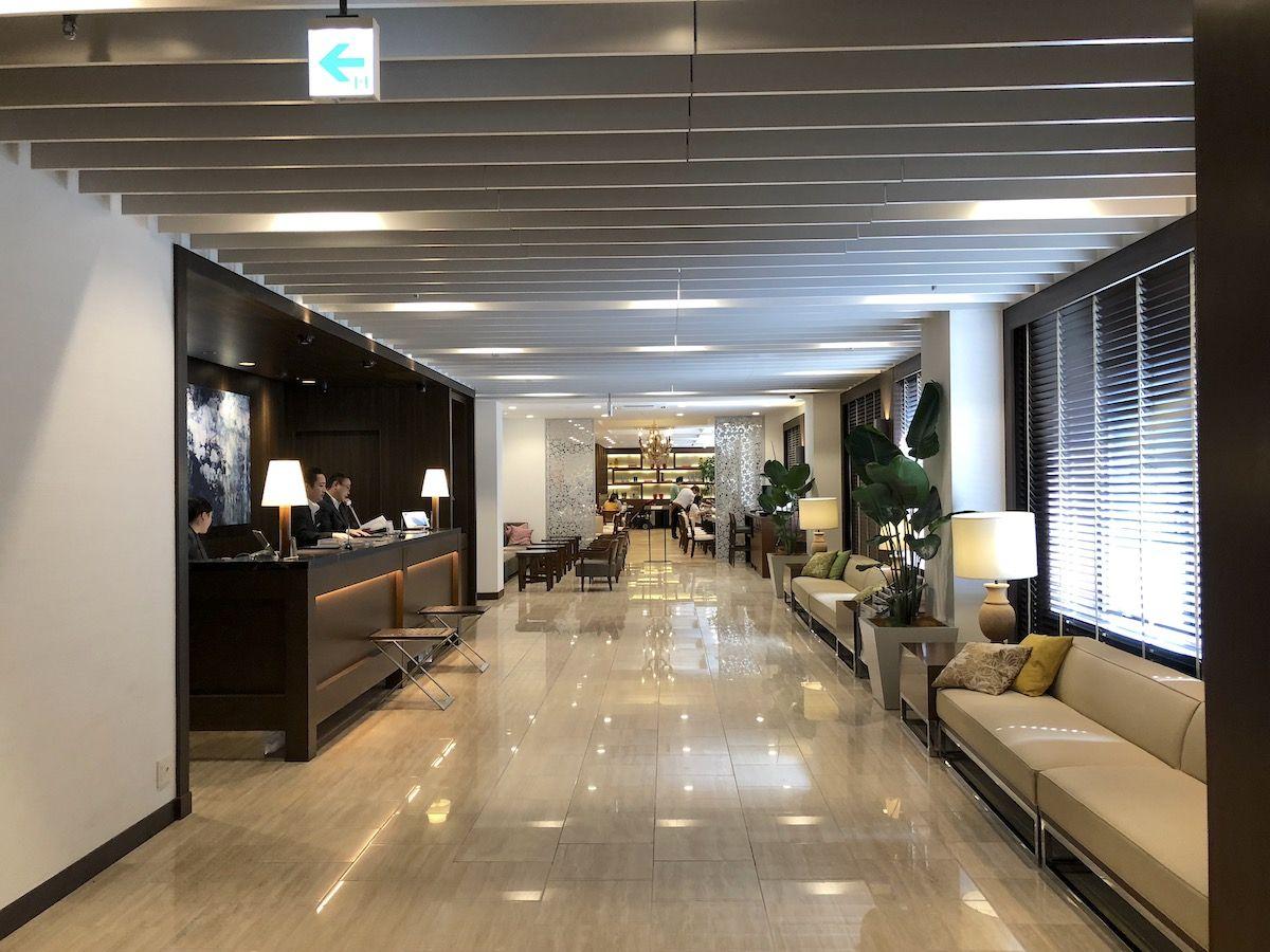 長崎主要駅や空港から便利な立地
