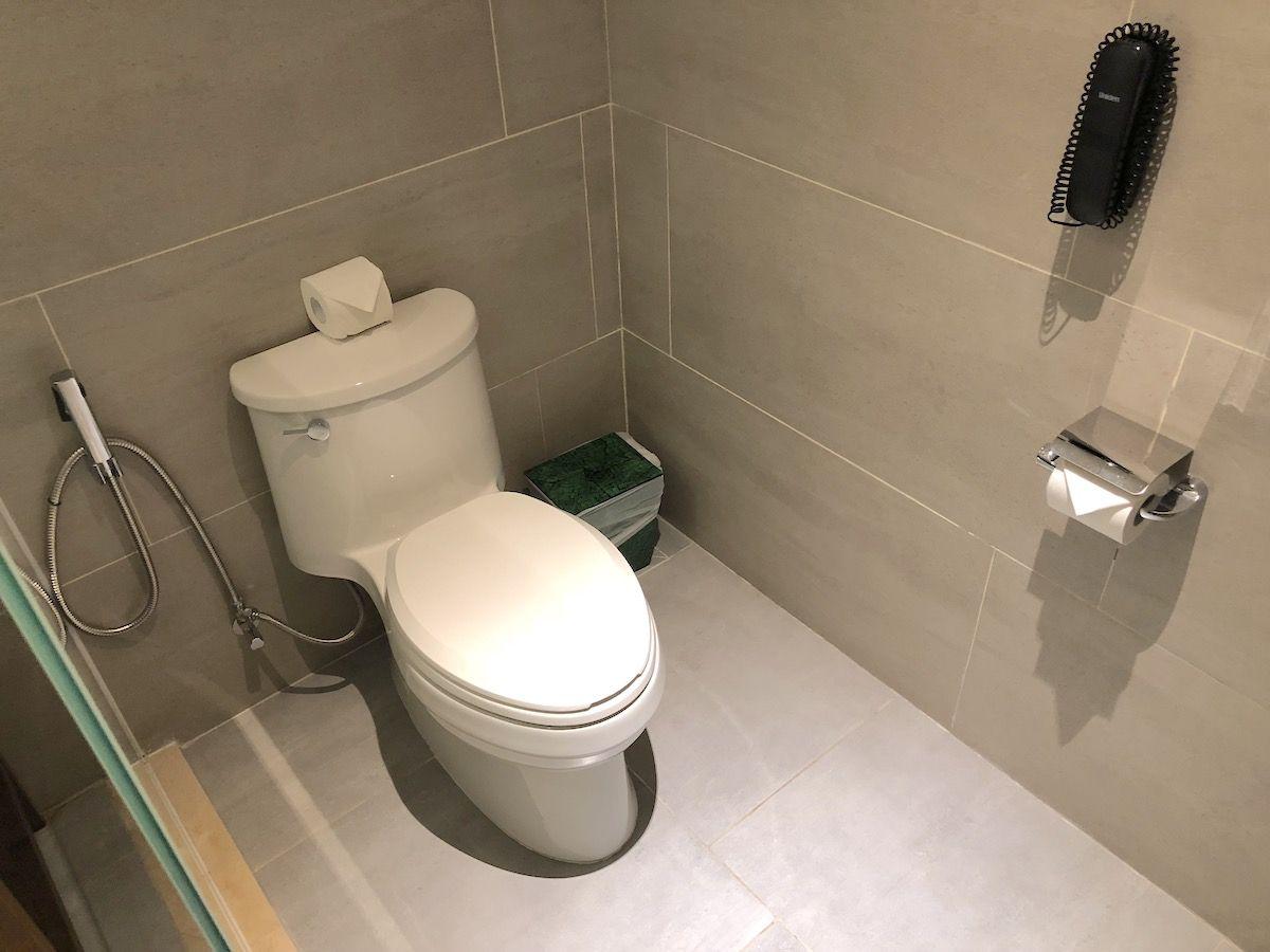 バスルームはとっても広く開放的
