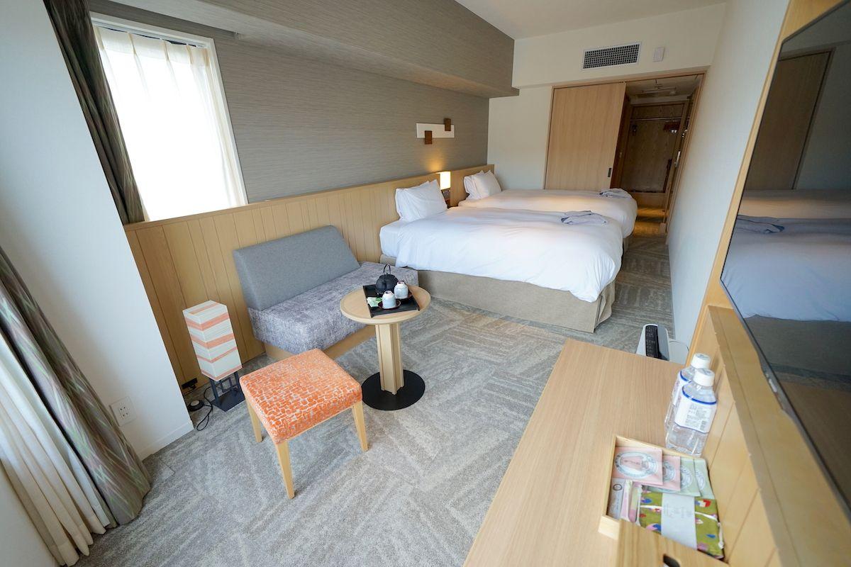 京町屋のような作りの客室を体験