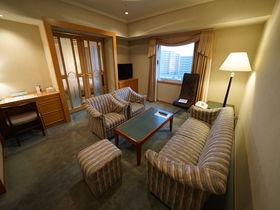 開業50周年の老舗クラシカルホテル!大阪「千里阪急ホテル」