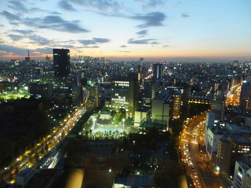無料で東京を一望!「文京シビックセンター」は富士山×新宿副都心が美しい
